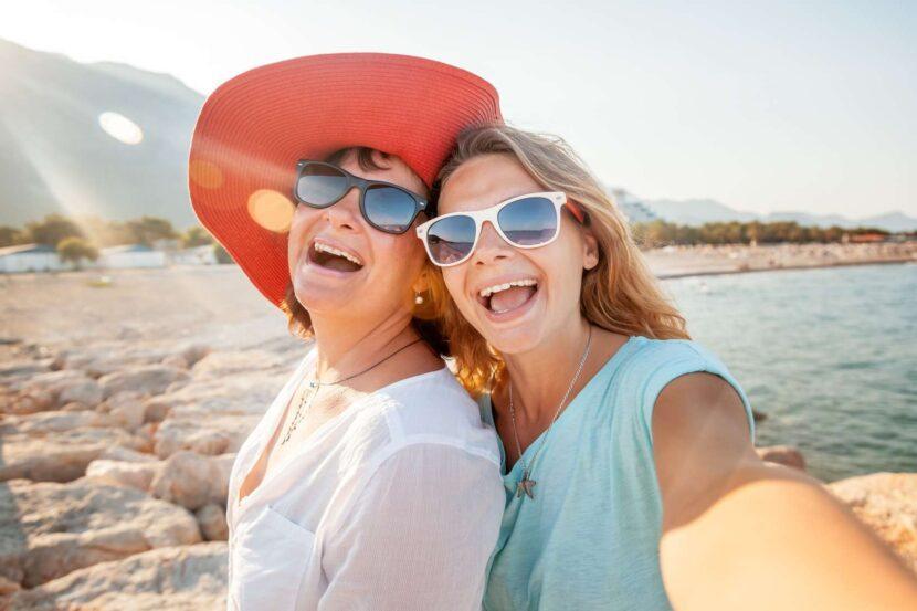 Haarentfernung Hirsutismus Mutter und Tochter